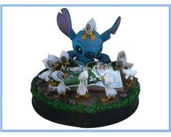 Mid Fig - Stitch & Ducks