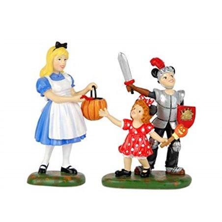 Trick-Or-Treat At Castle - Alice in Wonderland