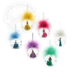 8347 3D Ornament  in open glazen bal - Cinderella