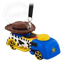 8719 3D Dangle Ornament Racer - Woody