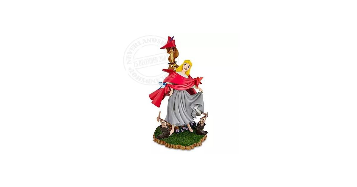 Mid Figure - Aurora