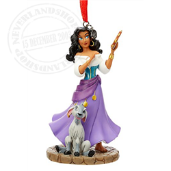 8988 3D Ornament - Esmeralda