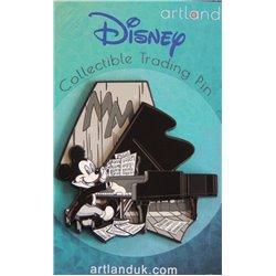 Pianist - Mickey
