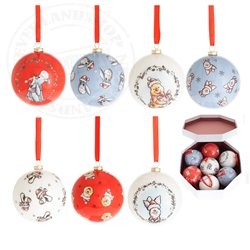 X21 7 Shatterproof Ornaments - Pooh & Co