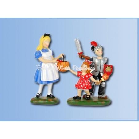 Trick-Or-Treat At Castle - Alice in Wonderland in Wonderland